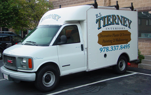 Box Truck Vinyl Vehicle Graphics and Lettering